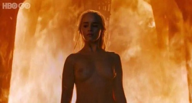 Emilia Clarke Juego Tronos